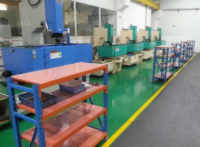 Cabin Molds & Plastic Co , Ltd _Mold EDM machine